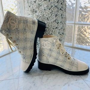 CHANEL Cream Tweed Ankle Boots